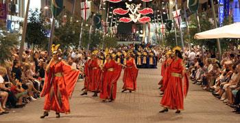 Desfile de Moros y Cristinanos