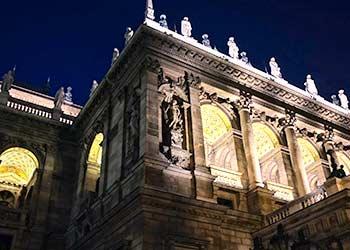 Detalle del edificio de la Ópera de Budapest