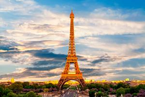 Romantic getaway in Paris