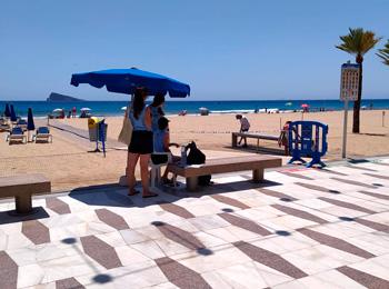 Access to Levante Beach in Benidorm